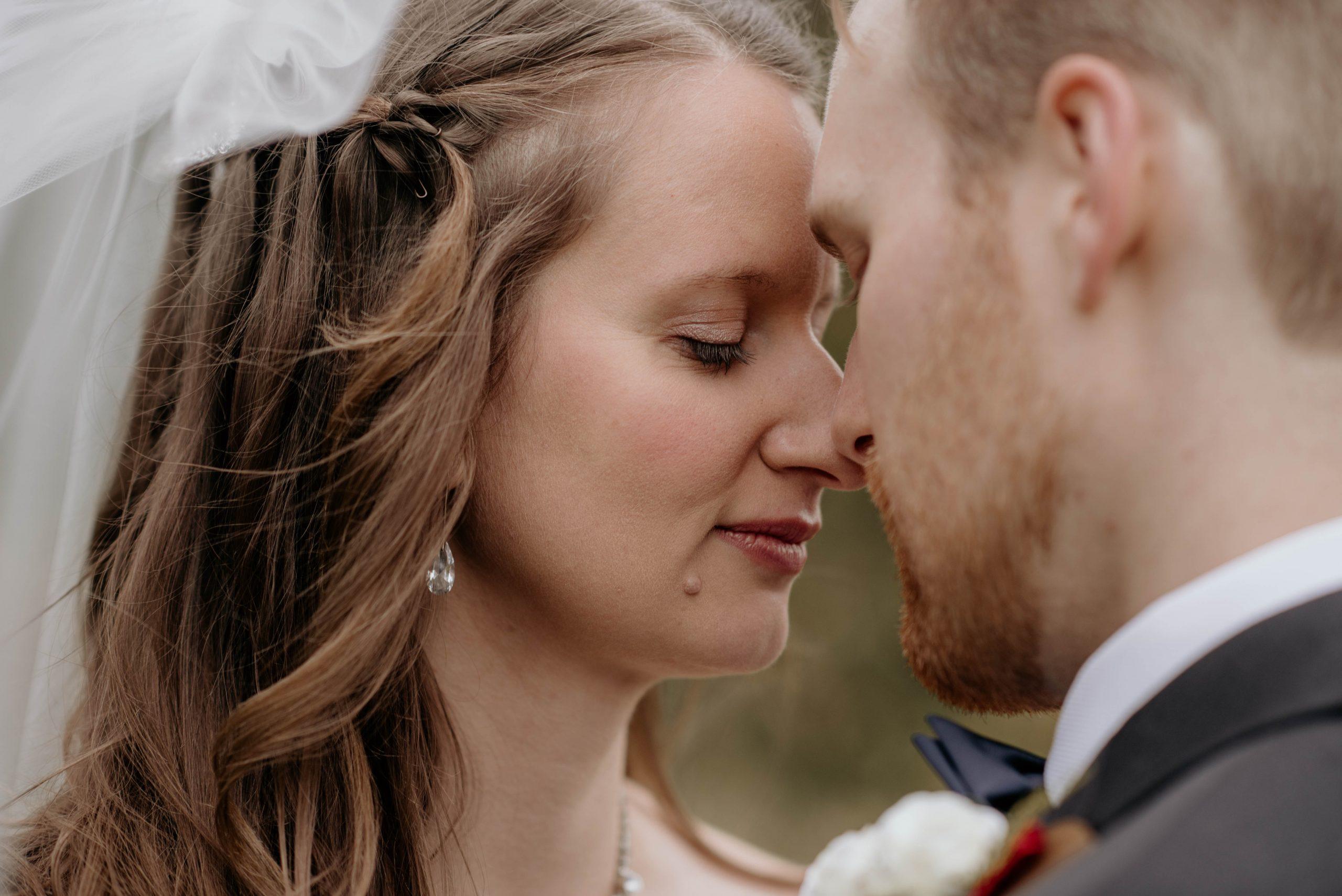 Wedding Couple Photography in Winnipeg Manitoba taken by Winnipeg Wedding Photographer